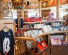 Productos en la tienda World of Disney - Paris